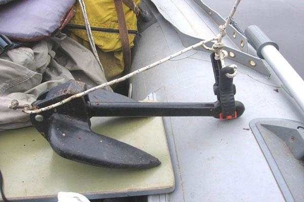 Какой якорь выбрать для надувной лодки ПВХ
